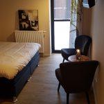 bed and breakfast Zeddam velvet stoelen